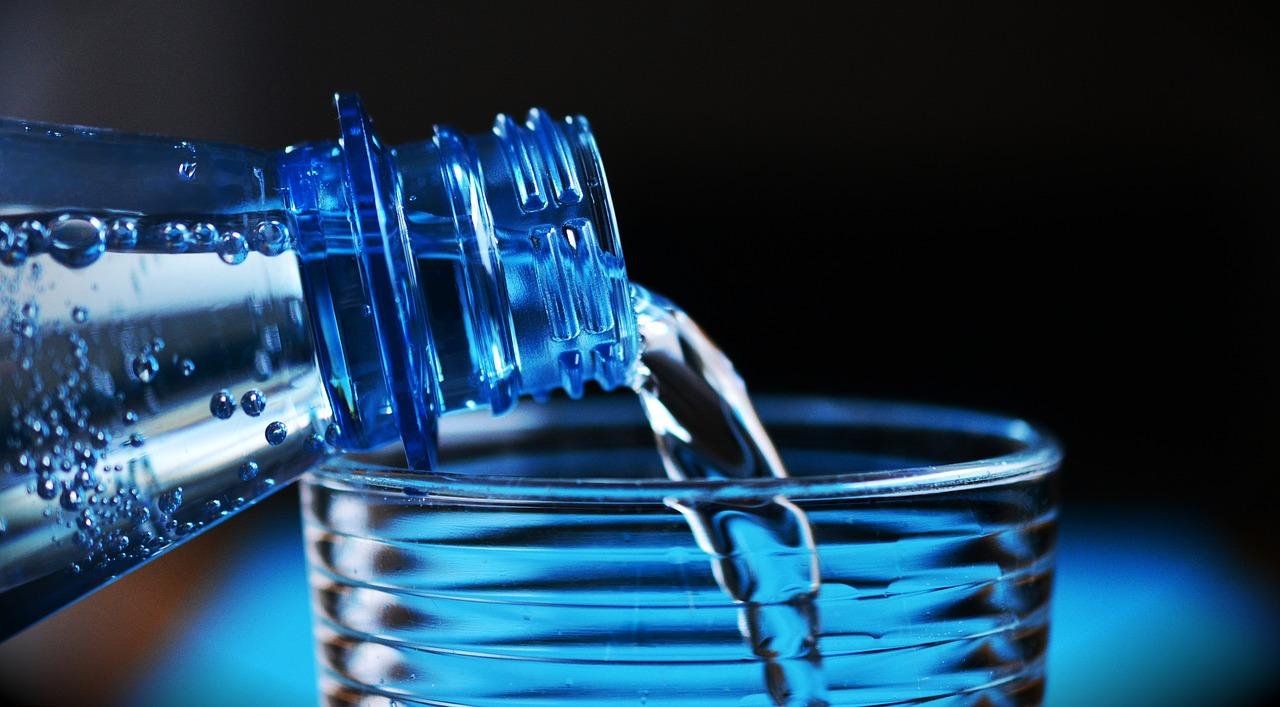 Wasser: Darm entgiften und Leber entgiften